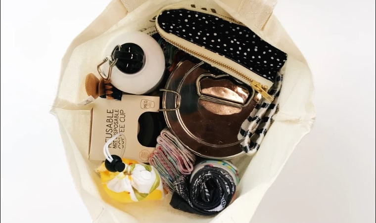 Zero-waste must-haves for sustainable living on the go
