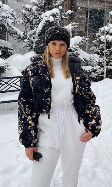 How to dress for a snow trip according to Sofia Richie