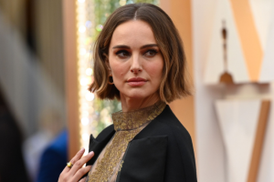 Natalie Portman's Oscar 2020 fashion statement completely backfired